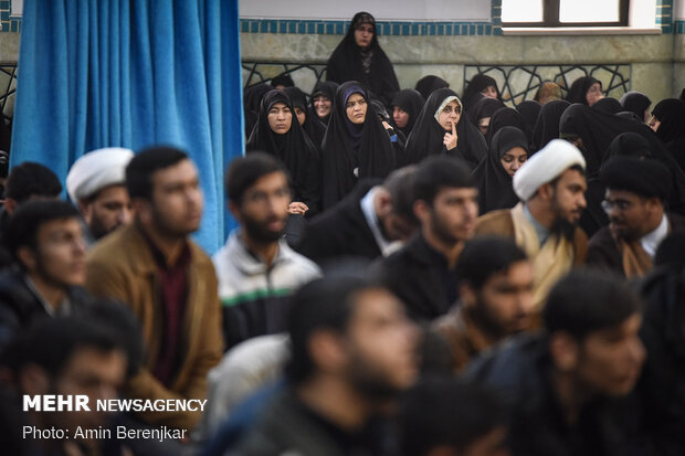 تجمع طلاب و حوزویان به مناسبت شهادت سردار سلیمانی برگزار شد